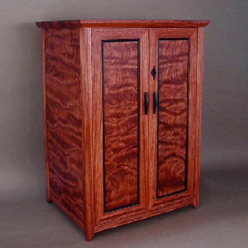 Lovely Jewelry Cabinets With Lockable Doors