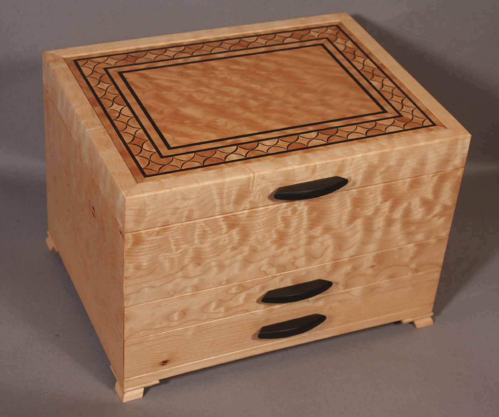 quilted maple inlay banding jewelry box